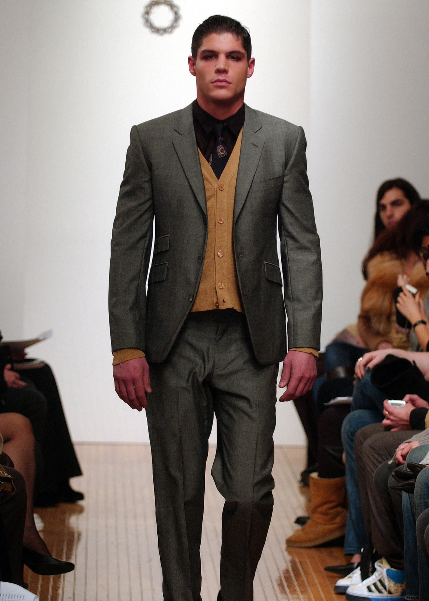 5JOHN+grey+suit