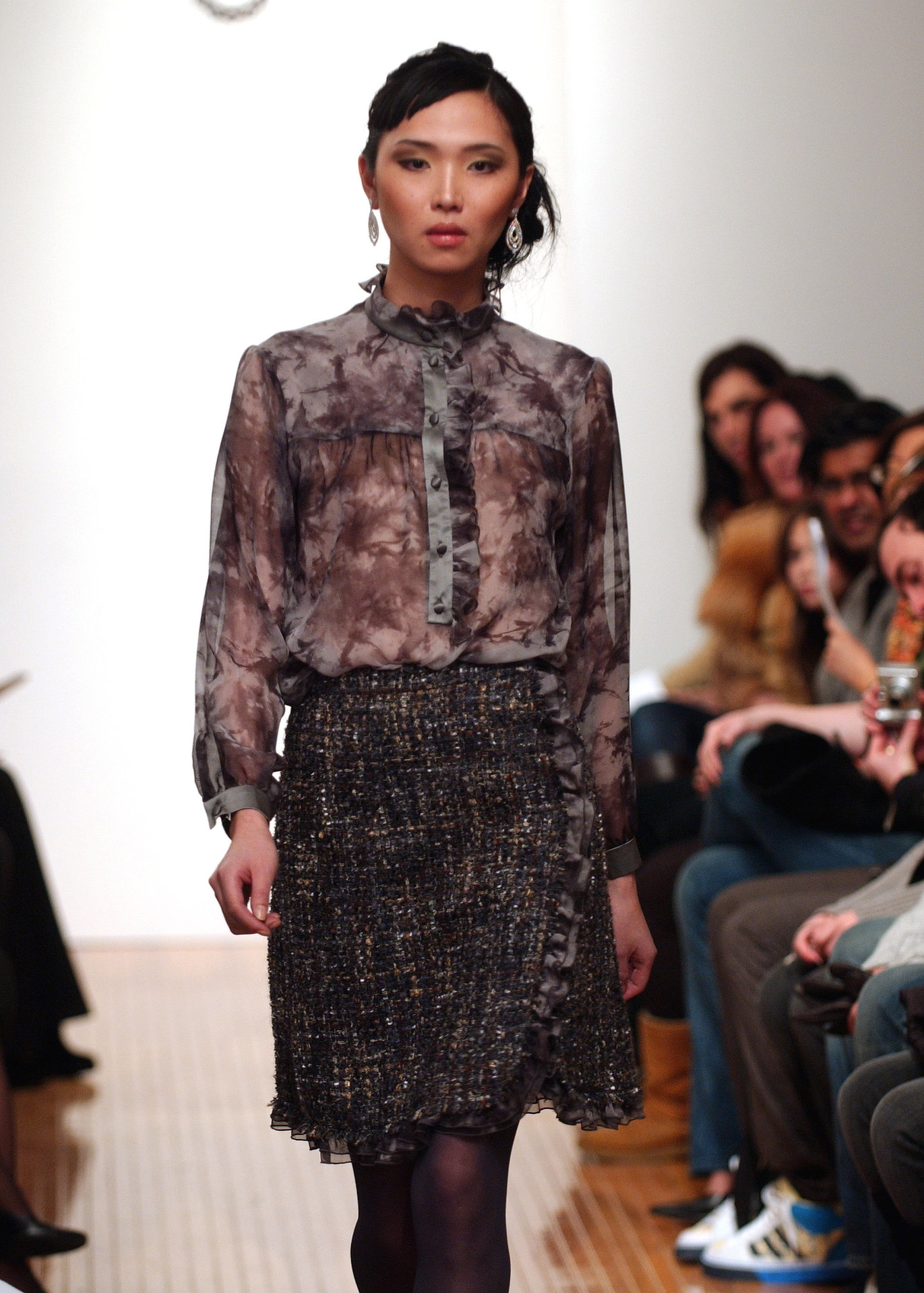3AILI+ruffle+blouse+skirt