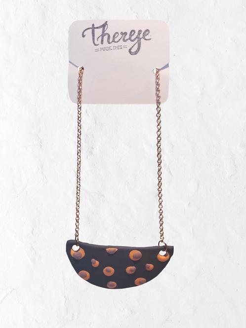 Handgjort halsband