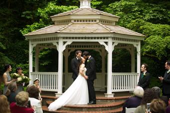 Nick and Guin Lutton - Wedding - 2018 - Abernethy Center - Oregon City - Portland - Nilas Photography-137.JPG