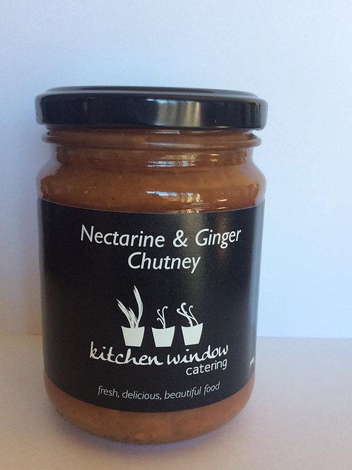 300g Nectarine & Ginger Chutney