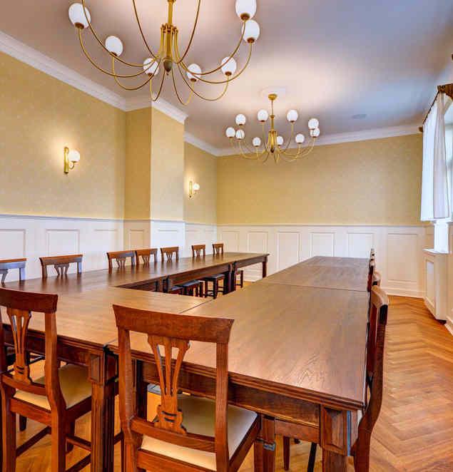 Malý salónek v Hotelu Chmelnice.   Hotel Chmelnice Napajedla