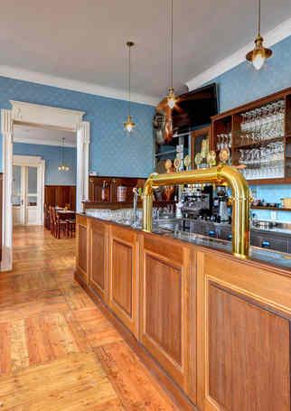 Prostory s výčepem Restaurace Hotelu Chmelnice. | Hotel Chmelnice Napajedla