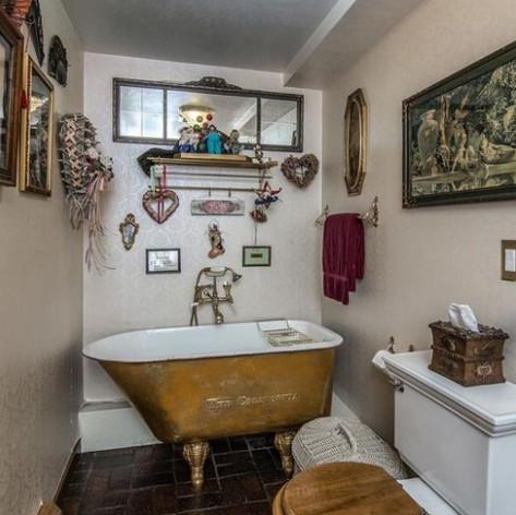 BEFORE: Bathroom