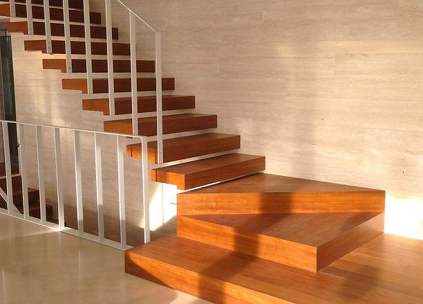 Scale in legno ca-ss-or-nu