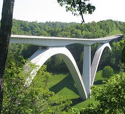 Natchez_Trace_Parkway_Bridge.jpg