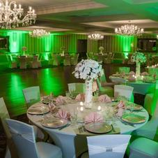 Dining  Uplighting Green