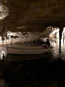 Cuevas Drach con su concierto y su paseo en barco incluido
