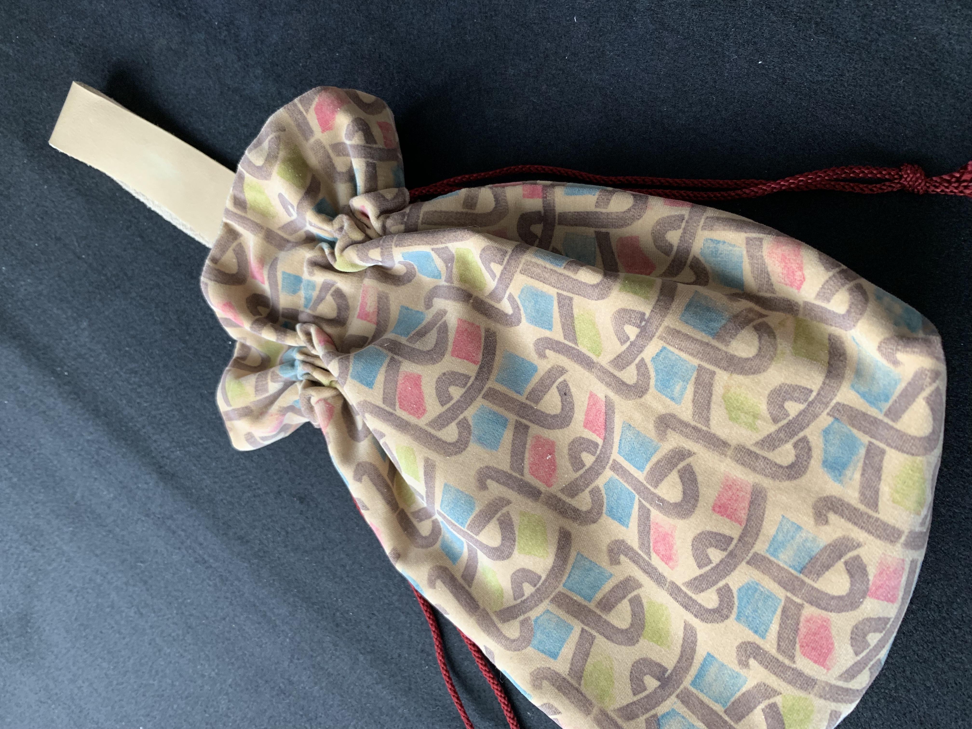 別珍の巾着バッグ