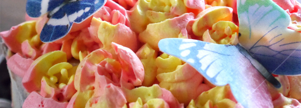 Flower butterfly cake