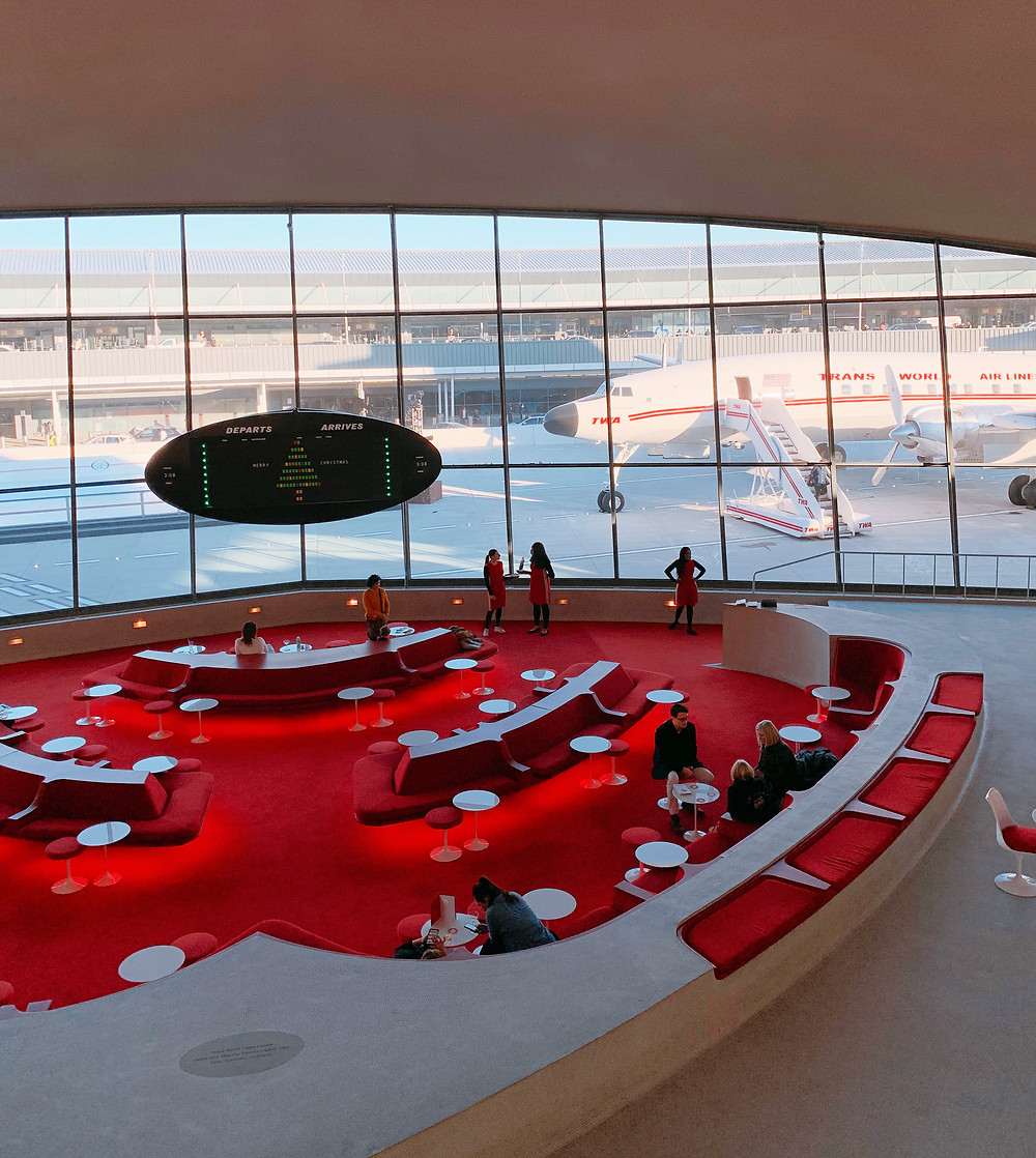 Lounge do TWA hotel no aeroporto John F Kennedy