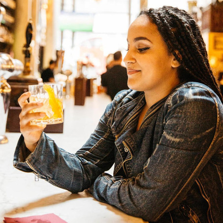 NYC Experiences: Aprendendo história em bares locais