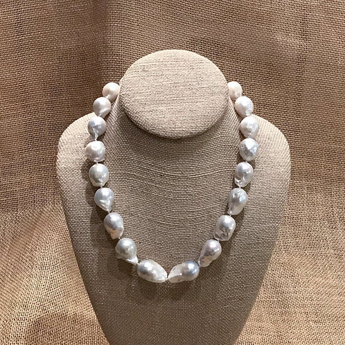 """19"""" Freshwater Baroque Pearl"""