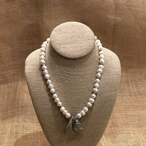 """19"""" Freshwater Pearls with Abalone Pendant"""