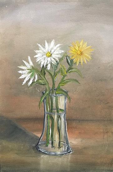 YELLOW WHITE SMILE - Tsila MacKay