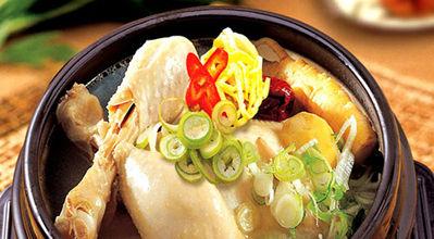 korean food : samgyetang(gingsen chichen soup)