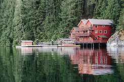 Discovery Islands Lodge 1 (courtesy of DIL) .jpg