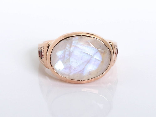 Oval Moonstone Ring with Garnet