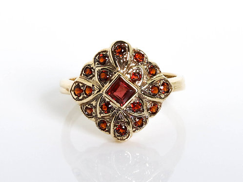 Flower Shaped Ring with Garnet Stones