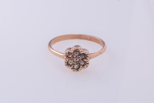 7-Rose Cut Diamonds Flower Ring