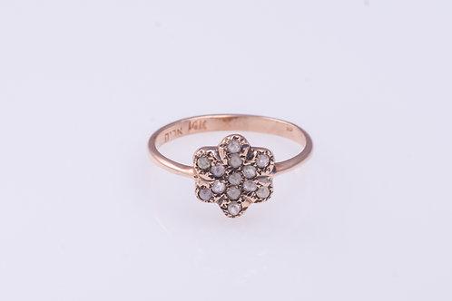 13-Rose Cut Diamonds Flower Ring