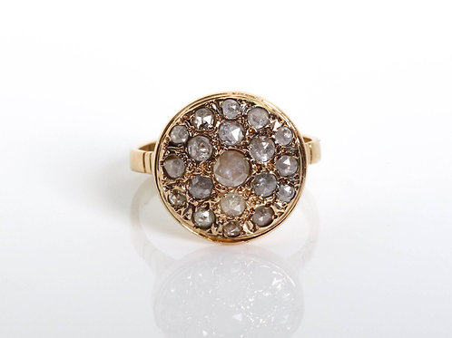 Round Rose-Cut Diamonds Ring