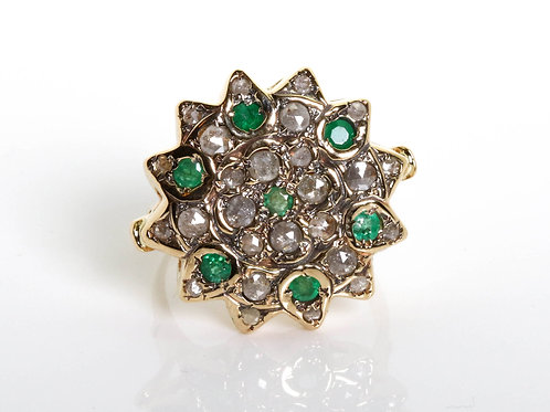 Flower Emerald and Rose Cut Diamonds Ring