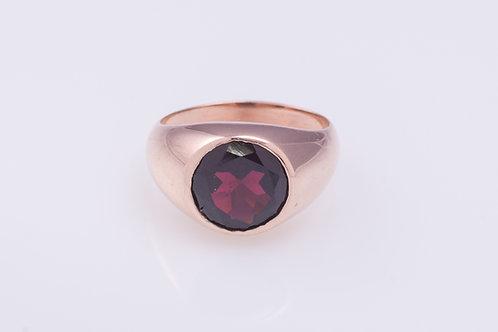 Round Statement Garnet Ring