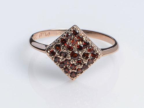 Rhombus Pave Ring with Garnet