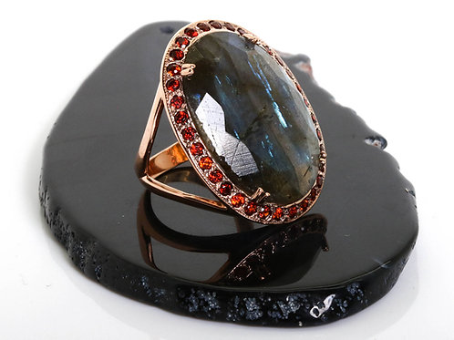 Oval Brown Cocktail Ring with Oval Labradorite and Garnet Stones