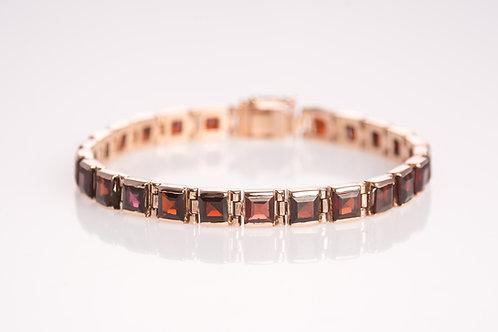 Square Garnet stones Bracelet