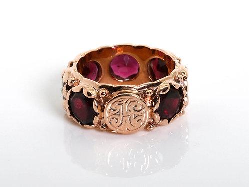 Round Mozambique Garnet Ring