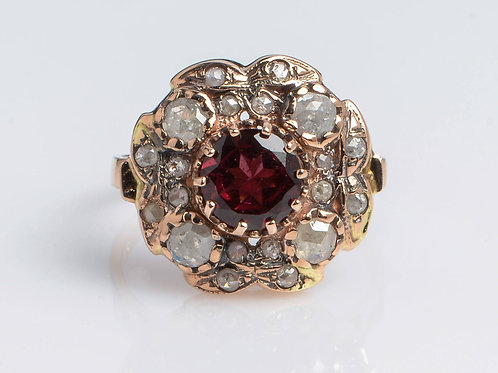 Ring with Oval Garnet Sun Style