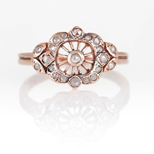 Ring with Rose Cut Diamonds in Rose Gold