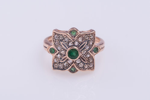 Rose Cut Diamonds and Emerald Flower Mandala Ring