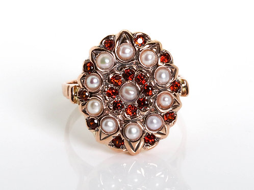 Oval Flower Ring with Pearls and Garnet Stones