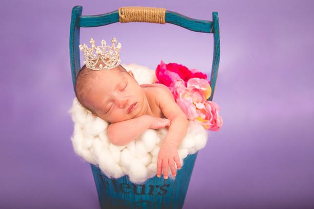 Newborn-39.jpg