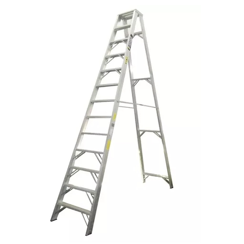 Escalera tipo tijera de 13 pasos