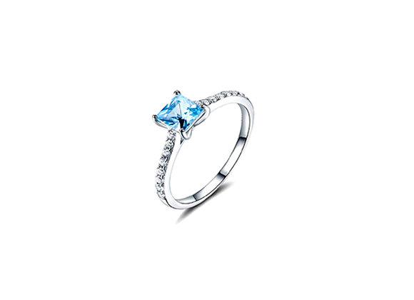 Anel de prata 925 com Topázio azul