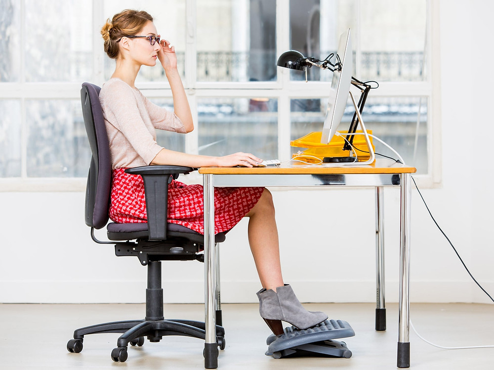 Good posture to prevent back pain when working from home