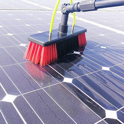 Painel solar: tudo sobre limpeza e manutenção solar