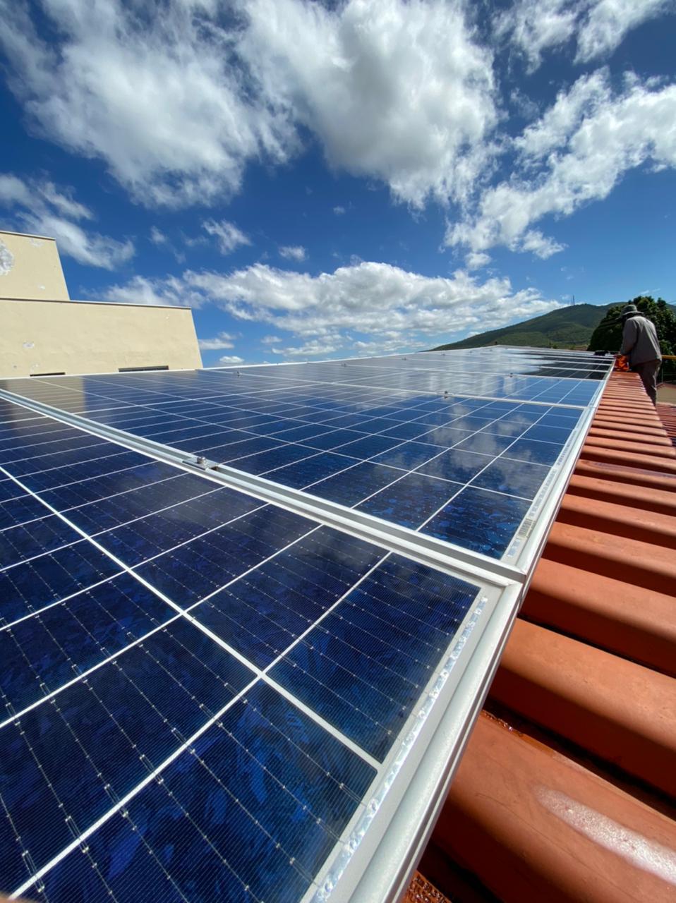 Serviço de Limpeza de Painéis Solares