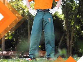 Como funciona uma calça de proteção para motosserristas