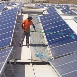 Limpeza ecológica de módulos solares PARA UM DESEMPENHO COMPLETO