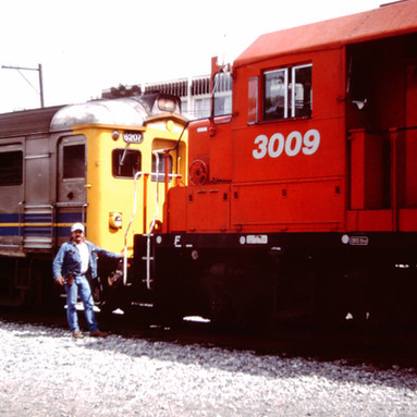CP RESCUE UNITS FOR VIA TRAIN, DUNCAN, B