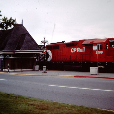 CP FREIGHT UNITS BY VIA STATION, VICTORI