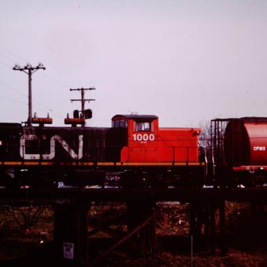 CN GMD-1 1000 ON CNR-CP INTERCHANGE, VIC