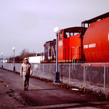 CN GMD1 1000 ON E & N, VICTORIA, B.C., 1