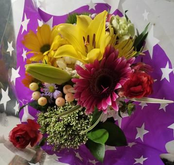 Elegant Mix Bouquet.jpg