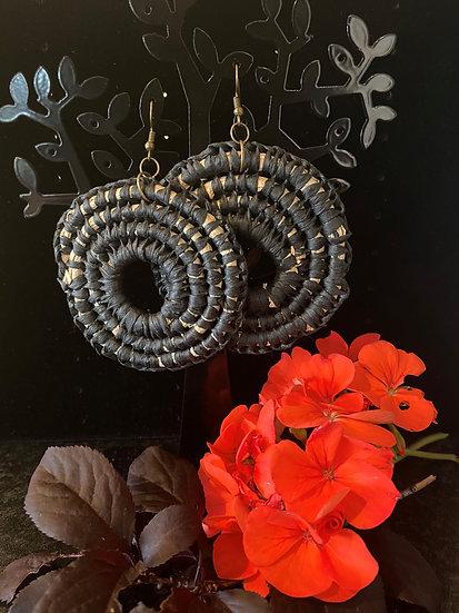 Maru Woven Ear ring